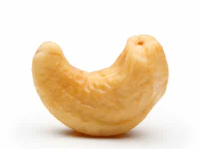 All About Cashews – Cracking the Nut